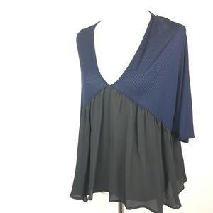 Lila Clothing Co Blue Black Blouse